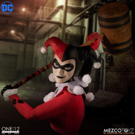 Mezco One:12 Collective DC Deluxe Harley Quinn Action Figure